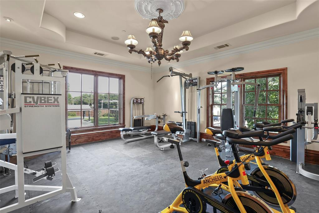Active | 5943 Walnut Hill Lane Dallas, TX 75230 23