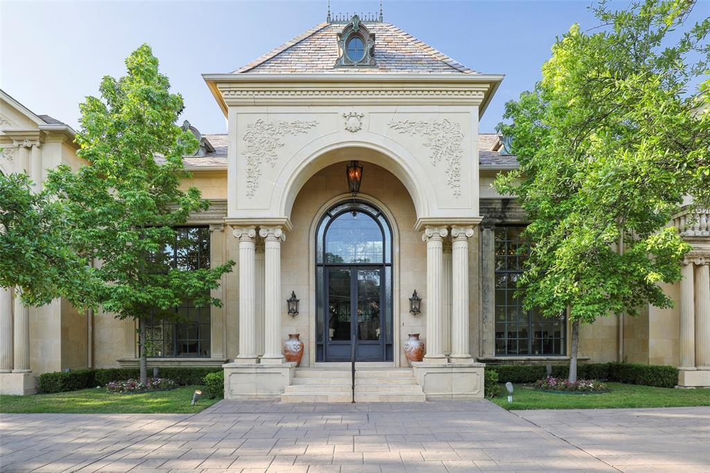 Active | 5943 Walnut Hill Lane Dallas, TX 75230 31