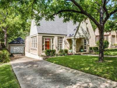 Sold Property | 823 Valencia Street Dallas, Texas 75223 3