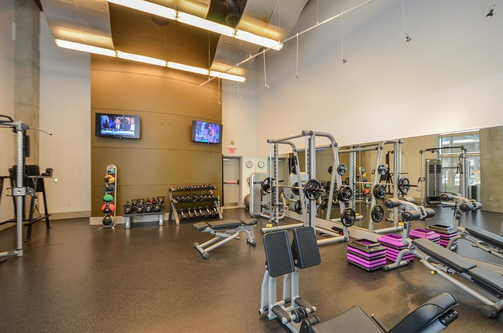 Active | 1901 Post Oak Blvd Boulevard #2609 Houston, TX 77056 17