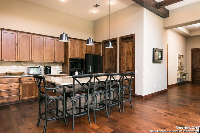 Active | 22122 Touring Ln  San Antonio, TX 78257 8