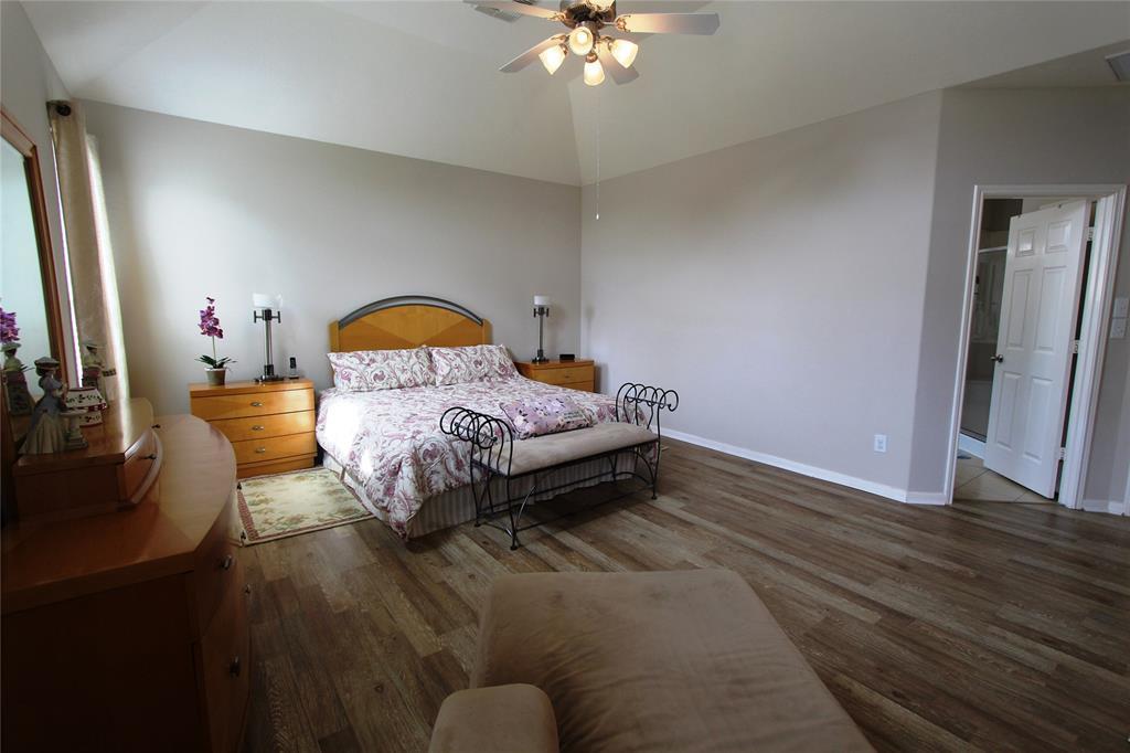 Option Pending   22023 Rustic Canyon  Lane Richmond, TX 77469 24