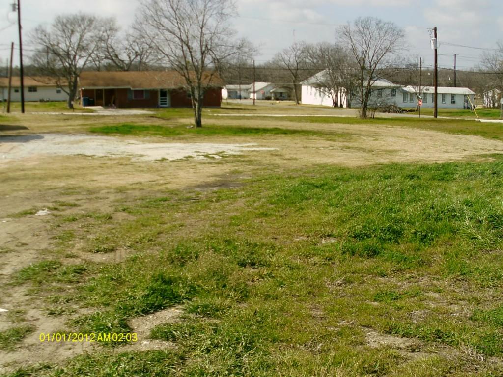 Active   300 S Belknap Street Mexia, Texas 76667 1