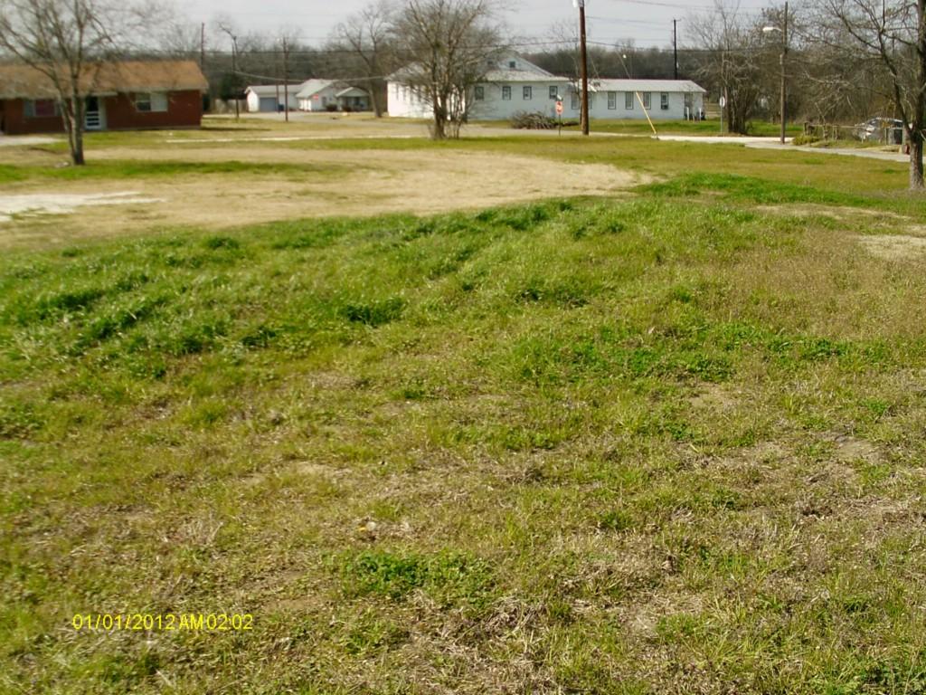Active   300 S Belknap Street Mexia, Texas 76667 2