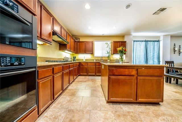 Closed | 41070 Crimson Pillar  Lane Lake Elsinore, CA 92532 21