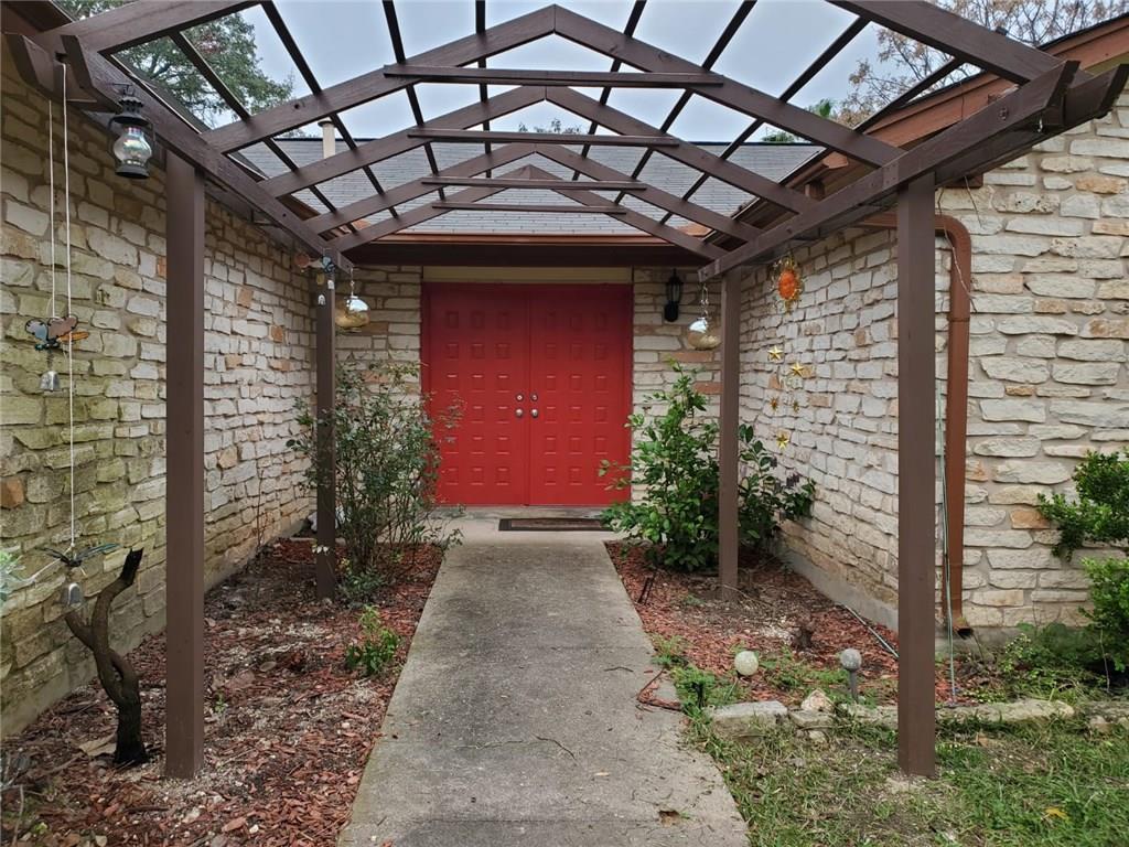 Active | 12900 Powderhorn Street Austin, TX 78727 21