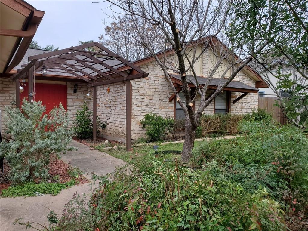 Active | 12900 Powderhorn Street Austin, TX 78727 26