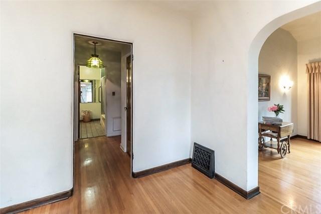 Closed | 1514 S Olive Avenue Alhambra, CA 91803 24