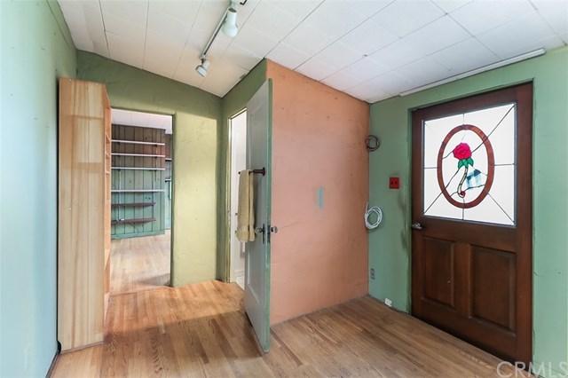 Closed | 1514 S Olive Avenue Alhambra, CA 91803 36