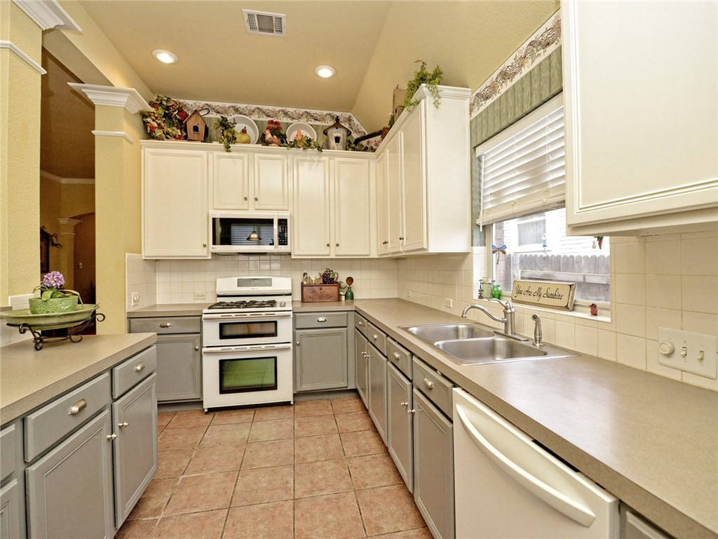 Sold Property | 13505 Will Rogers Lane Austin, TX 78727 10