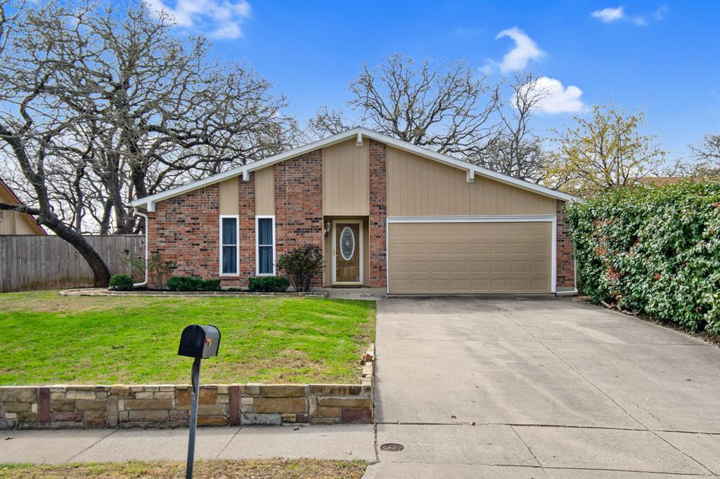 Sold Property | 2712 Scenic Hills Drive Bedford, TX 76021 2