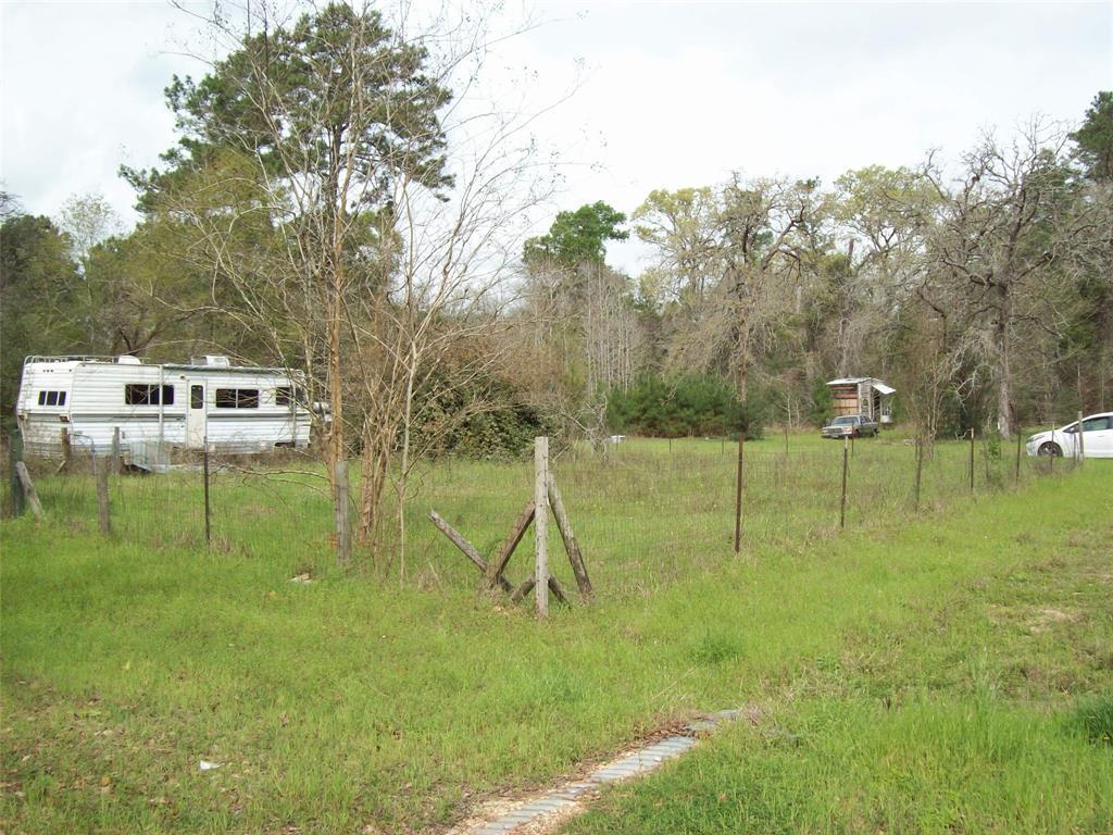 Active | 16924 Azalea Lane Plantersville, TX 77363 10