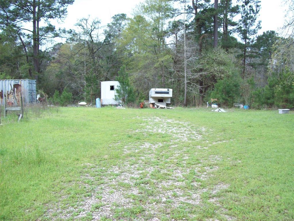 Active | 16924 Azalea Lane Plantersville, TX 77363 4