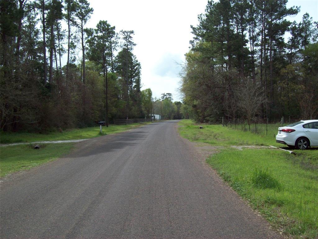 Active | 16924 Azalea Lane Plantersville, TX 77363 9