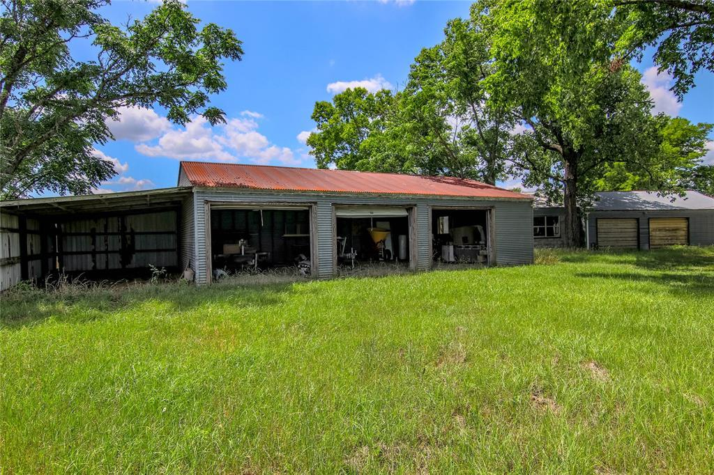 Welcome to Harris Ranch in Sealy, 87 ac with Awesome Lake  | 9752 Harris Ranch Lane Sealy, TX 77474 6
