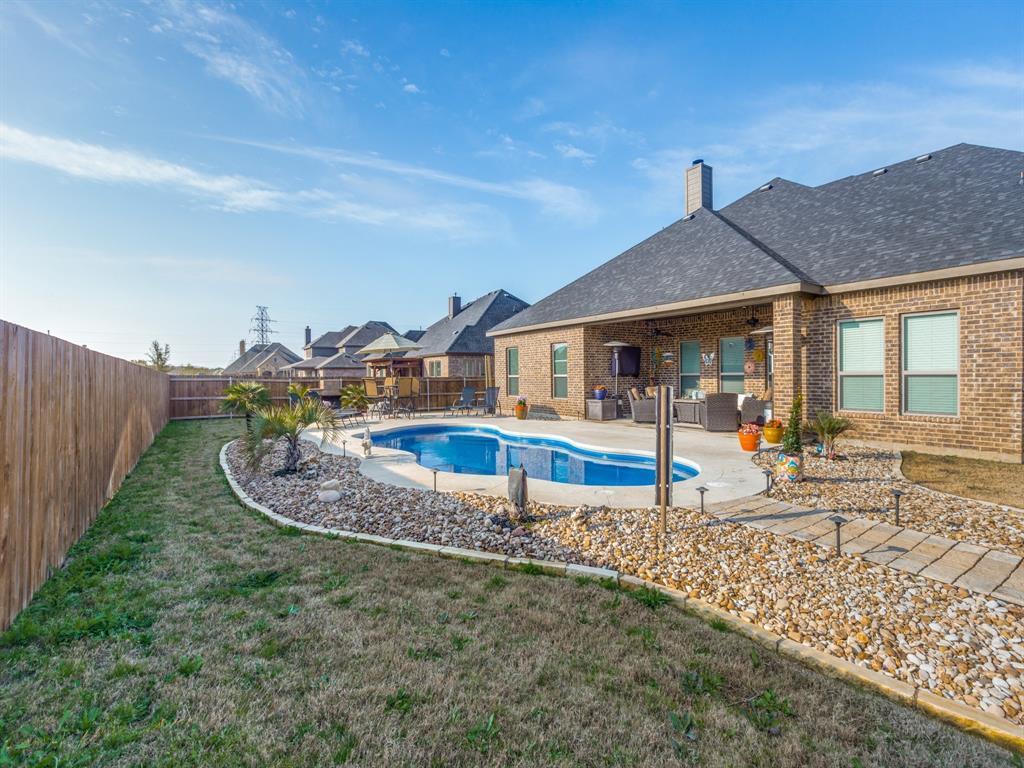 Active | 108 Granite Way Waxahachie, TX 75165 22