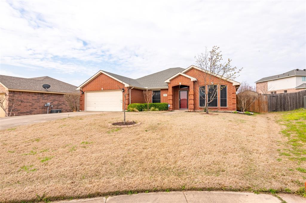 Sold Property | 1168 Blue Rider Court Benbrook, TX 76126 2
