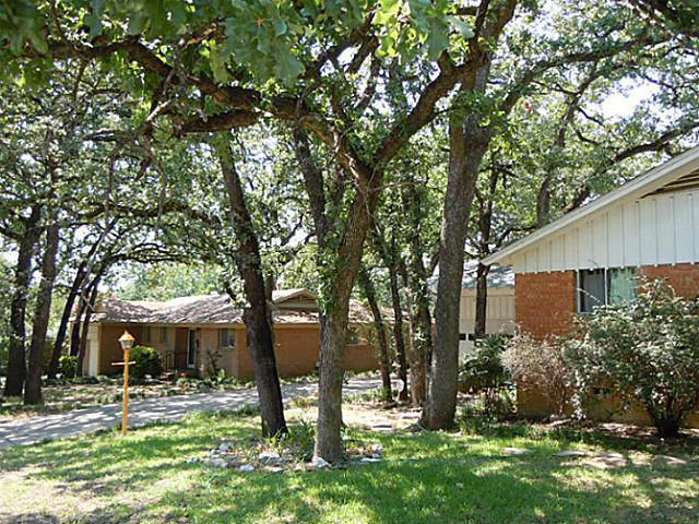 Leased | 6417 Brentwood Drive Fort Worth, TX 76112 2