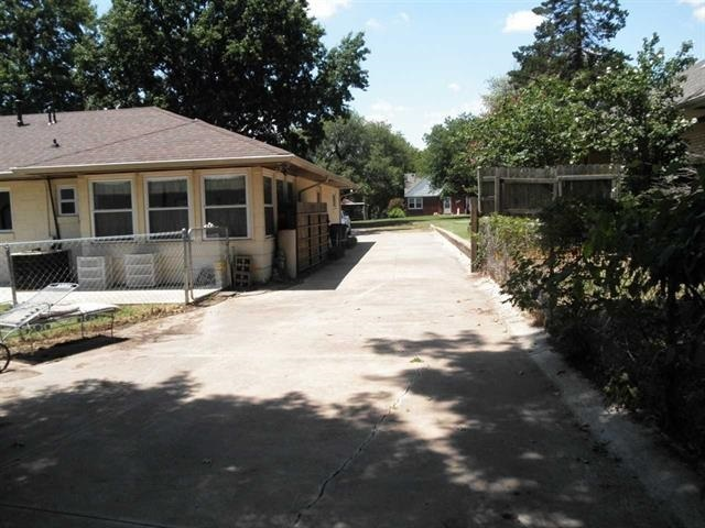 #century21groupone,#homesforsaleponcacity,#poncacityrealestate | 125 Fairview  Ponca City, OK 74601 6