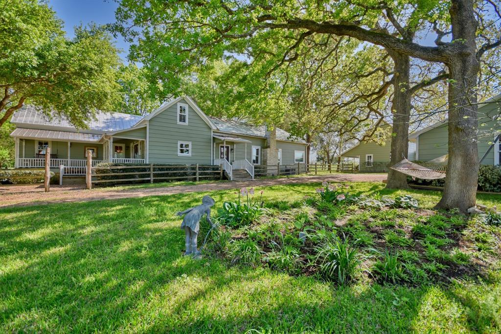 Stunning Round Top Home with Guest House, Pool, Pond - Fabulous!   2720 Finke  Road Round Top, TX 78954 13