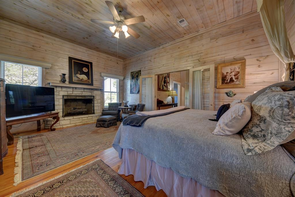 Stunning Round Top Home with Guest House, Pool, Pond - Fabulous!   2720 Finke  Road Round Top, TX 78954 19