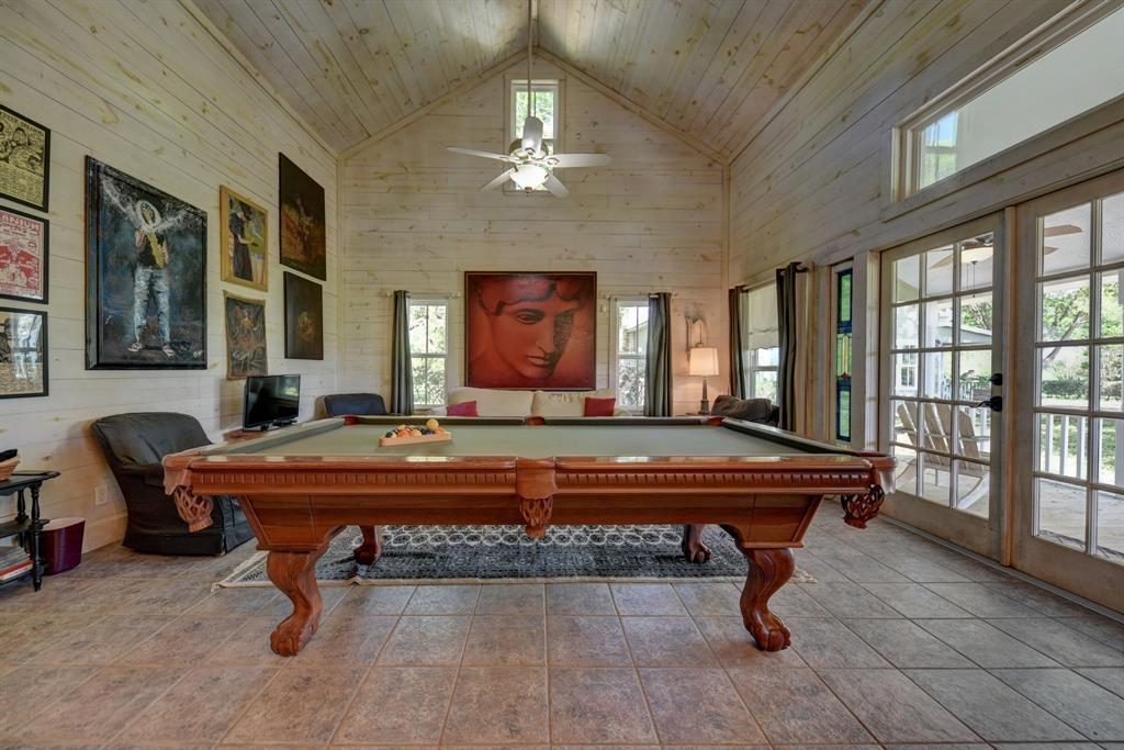 Stunning Round Top Home with Guest House, Pool, Pond - Fabulous!   2720 Finke  Road Round Top, TX 78954 39