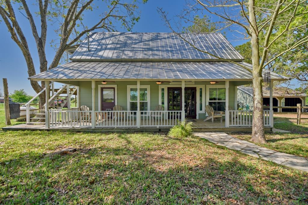 Stunning Round Top Home with Guest House, Pool, Pond - Fabulous!   2720 Finke  Road Round Top, TX 78954 11