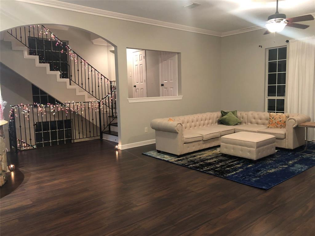 Active | 3001 Falls At Fairdale Houston, TX 77057 1