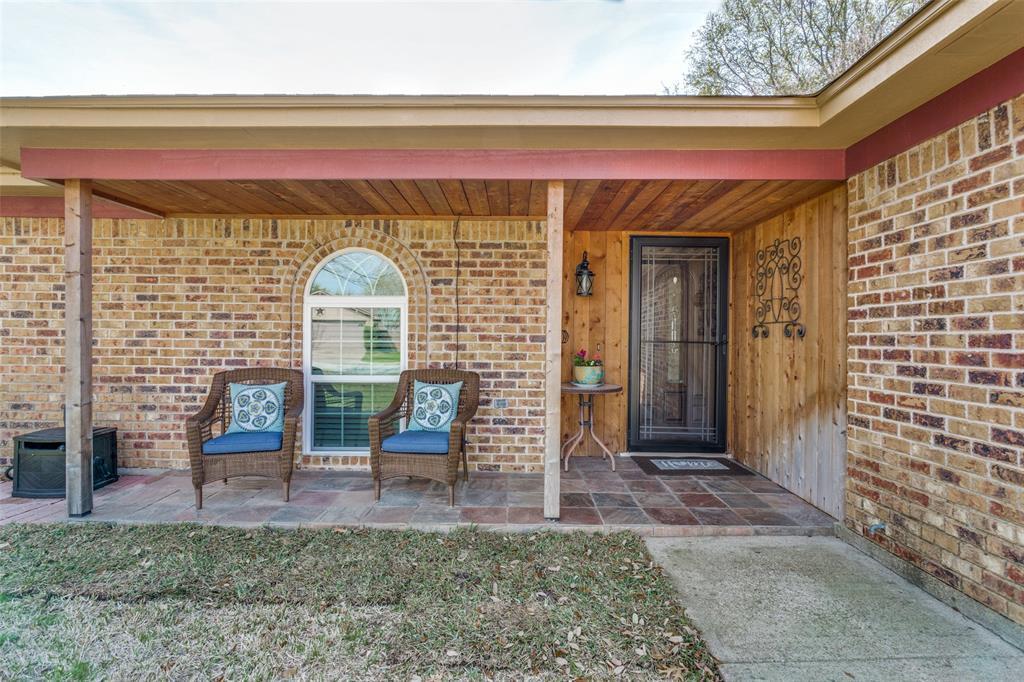 Sold Property | 1824 Tobie Layne Street Benbrook, TX 76126 2