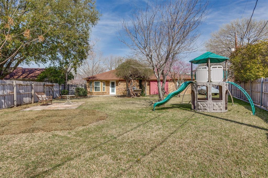 Sold Property | 1824 Tobie Layne Street Benbrook, TX 76126 22