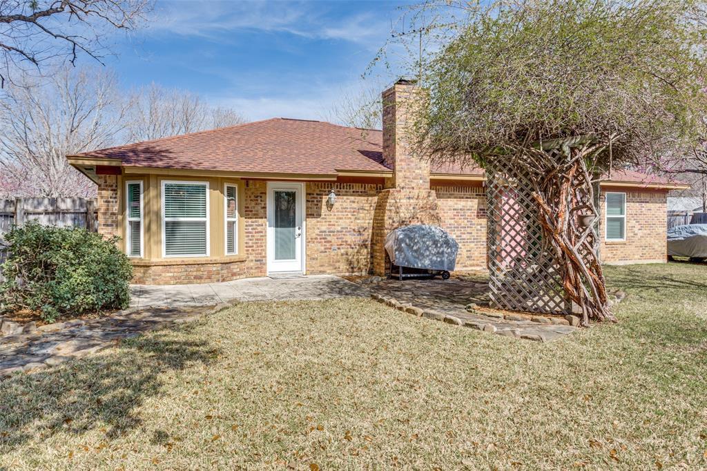 Sold Property | 1824 Tobie Layne Street Benbrook, TX 76126 23