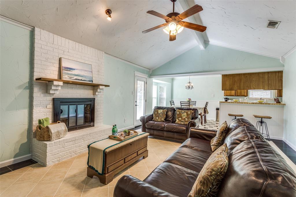 Sold Property | 1824 Tobie Layne Street Benbrook, TX 76126 5