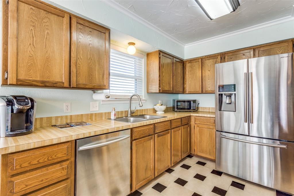 Sold Property | 1824 Tobie Layne Street Benbrook, TX 76126 8