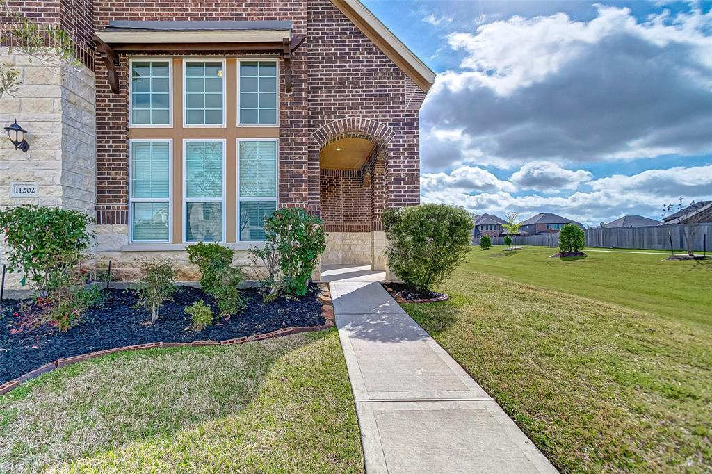Active   11202 Copper Shores Lane Lane Richmond, TX 77406 2