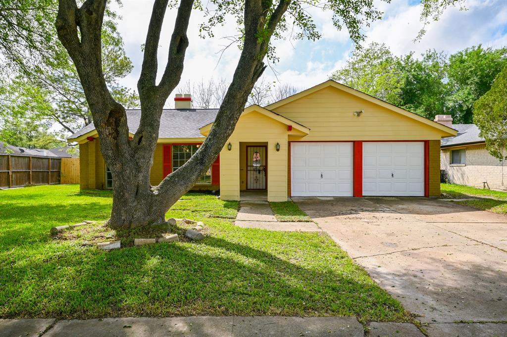 Active   7211 Towerview Lane Houston, TX 77489 2