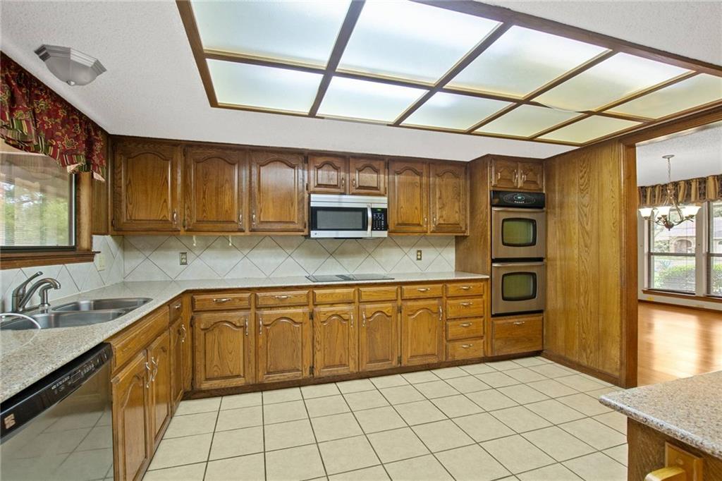 Sold Property | 2502 Royal Lytham  DR Austin, TX 78747 4