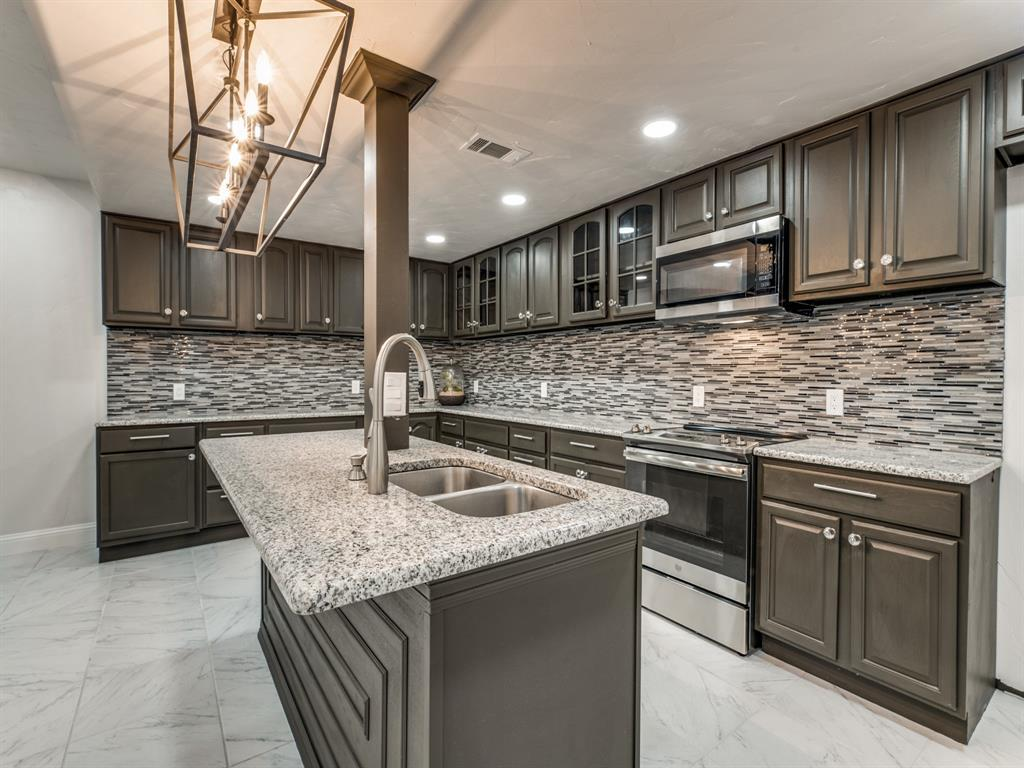 Sold Property | 1722 Northbrook Court Arlington, TX 76012 47