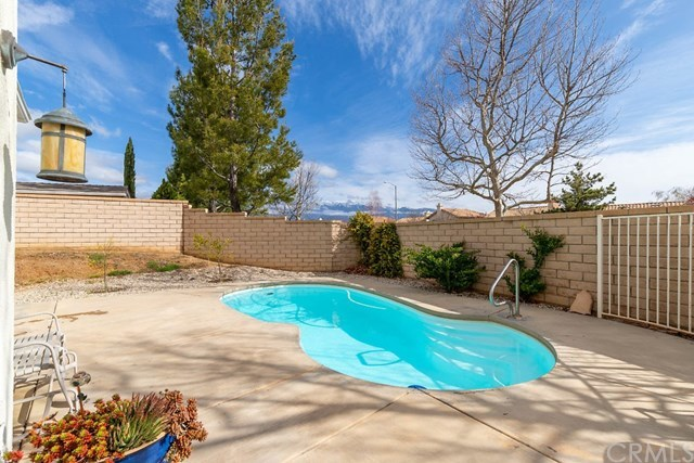 Closed | 1688 Beaver #A Beaumont, CA 92223 18