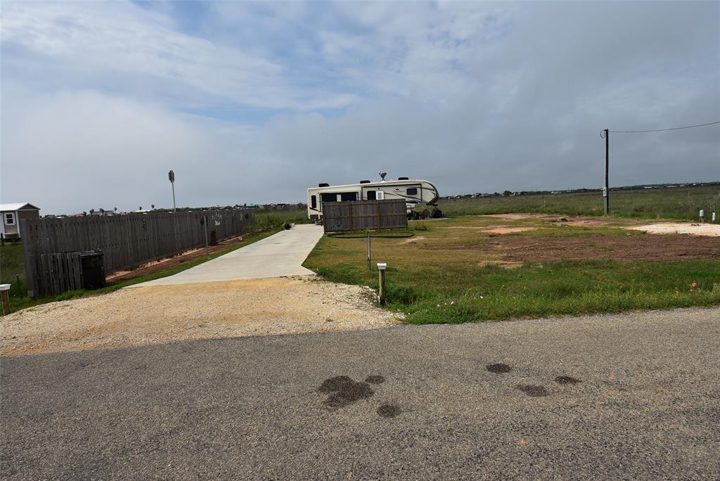 Active | 1458 County Road 299  Sargent, TX 77414 6