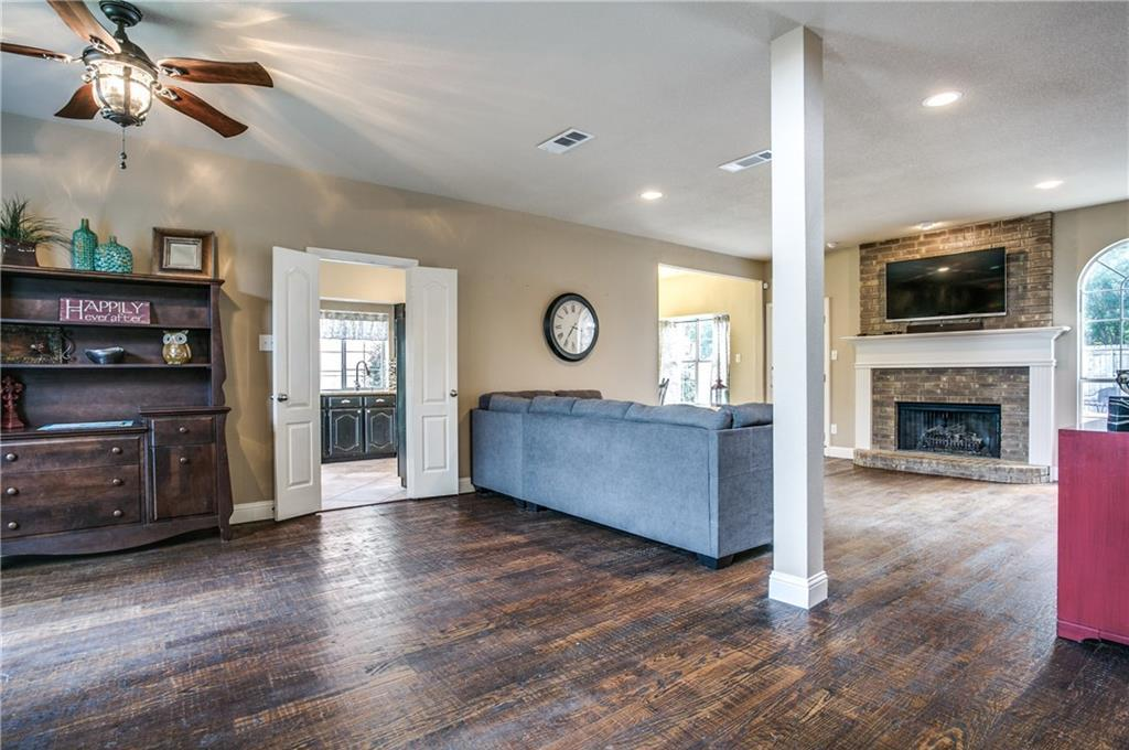Sold Property | 1701 Altacrest Drive Grapevine, Texas 76051 3