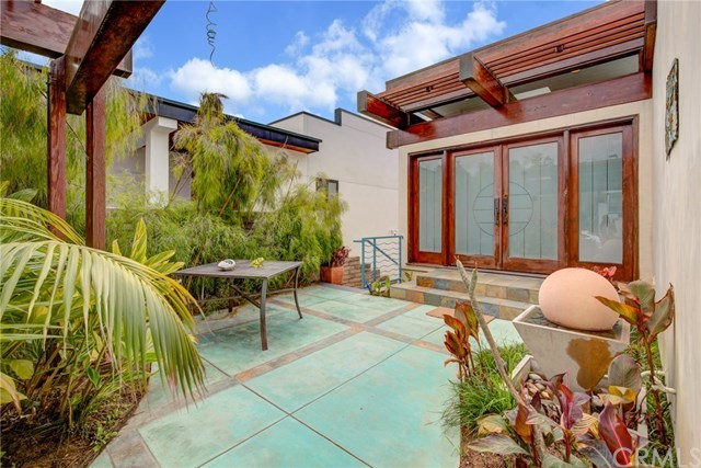 Active Under Contract | 807 N Paulina  Avenue Redondo Beach, CA 90277 8