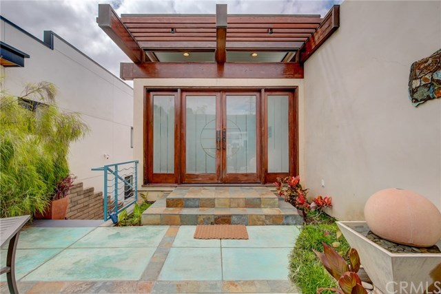 Active Under Contract | 807 N Paulina  Avenue Redondo Beach, CA 90277 9
