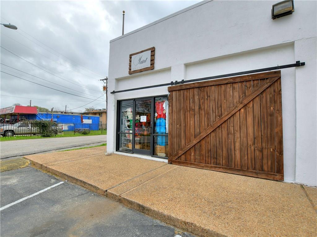 Active | 5209 Cameron  Road Austin, TX 78723 21