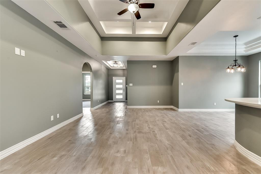 Sold Property   2425 Fordham Road Dallas, TX 75216 8