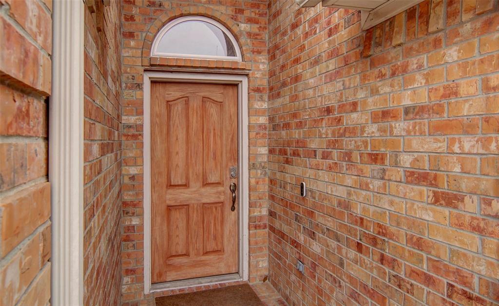 Sold Property | 1000 Peebles Court Arlington, TX 76013 3