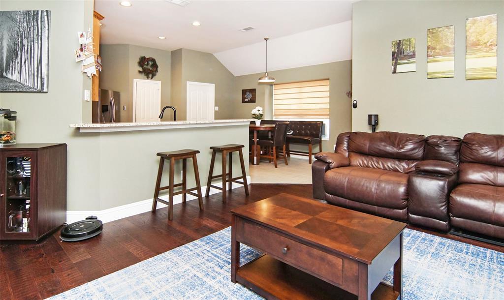 Sold Property | 1000 Peebles Court Arlington, TX 76013 6