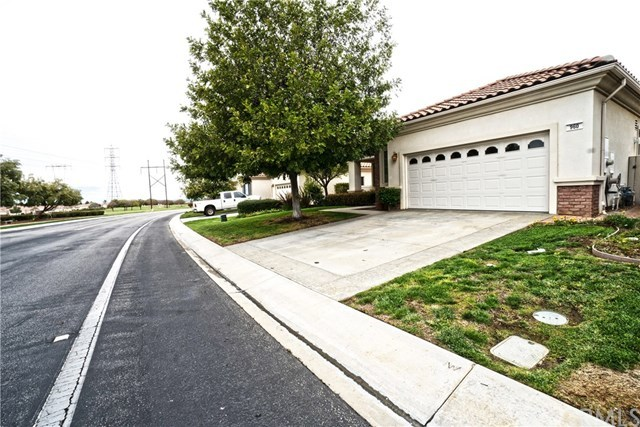 Pending | 960 Brentwood Beaumont, CA 92223 0