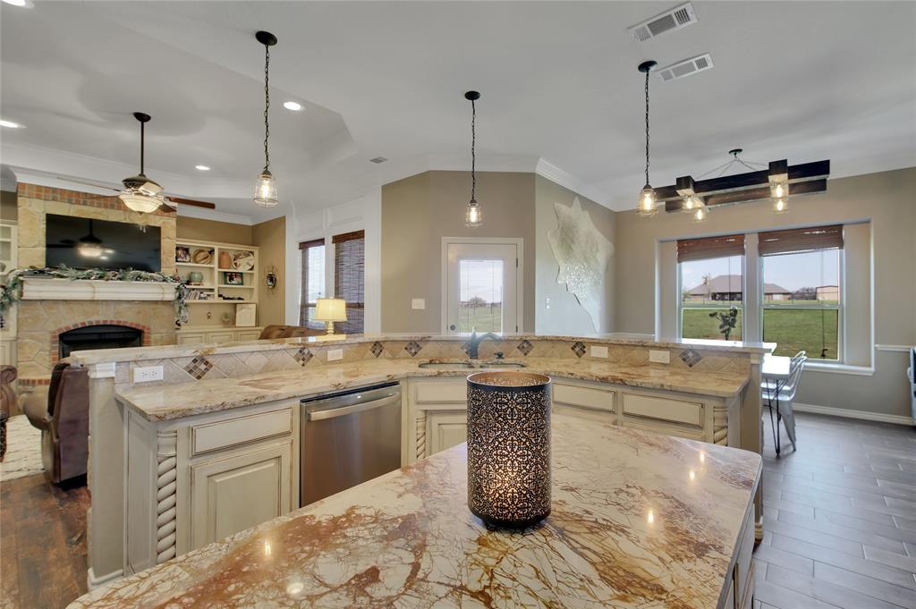 Sold Property | 109 Remington Park Drive Springtown, Texas 76082 12