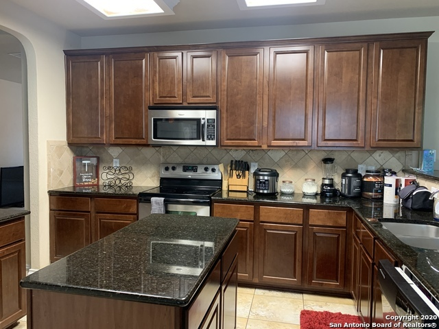 Property for Rent | 646 Daisy Crossing  San Antonio, TX 78245 5