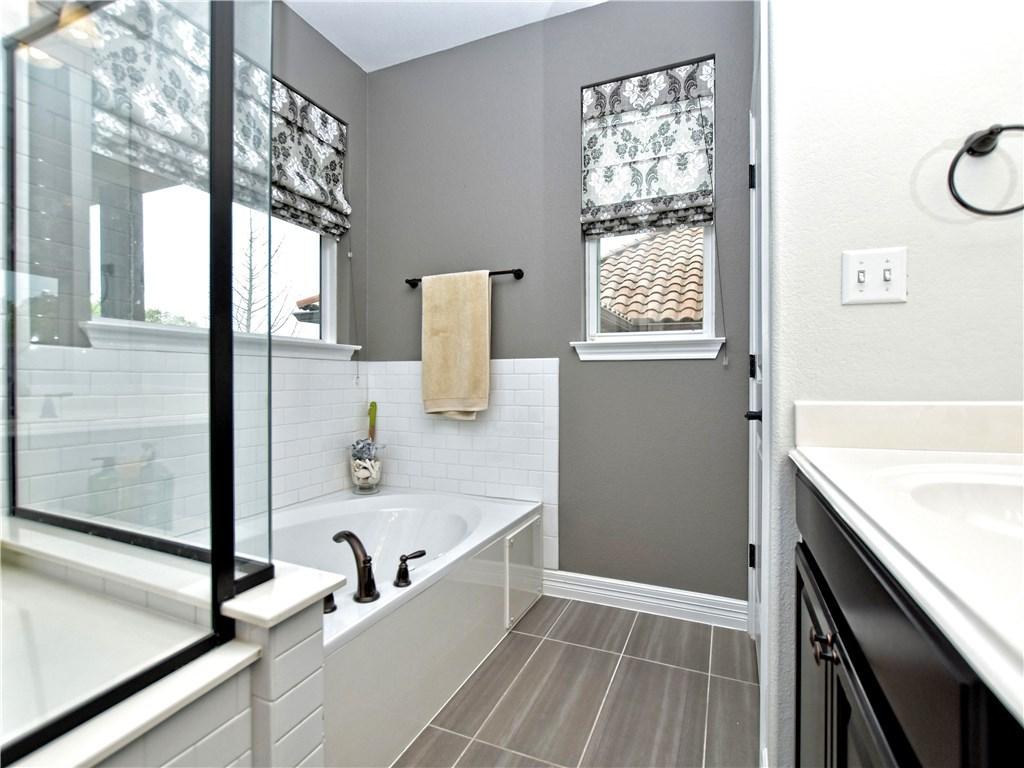 Sold Property | 12208 Terraza Circle Austin, TX 78726 21